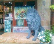 lovatt lion sml.jpg