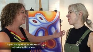 Kim MacKenzie meets Sophia Stacey of Colour In Your Life fame. Graeme Stenson was not available this episode.
