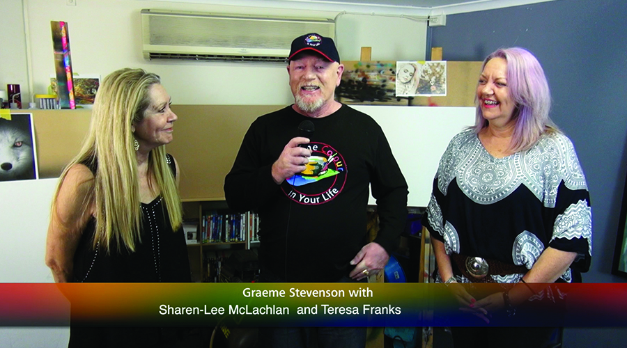Graeme Stevenson with sisters Sharen-Lee McLachlan and Teresa Franks